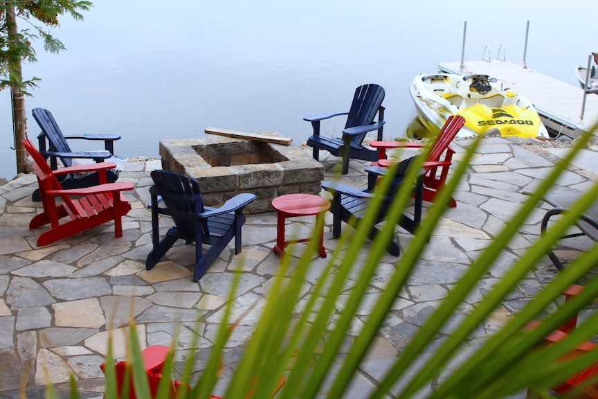 Cottage on the Trent River - Flagstone Patio