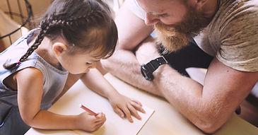 Fortbildung Partizipation in der Kita: Erzieher und Kind