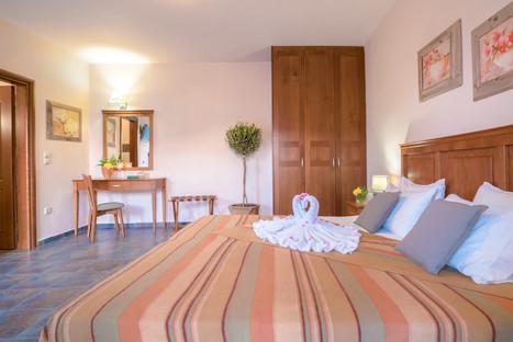 Rooms 4.jpg