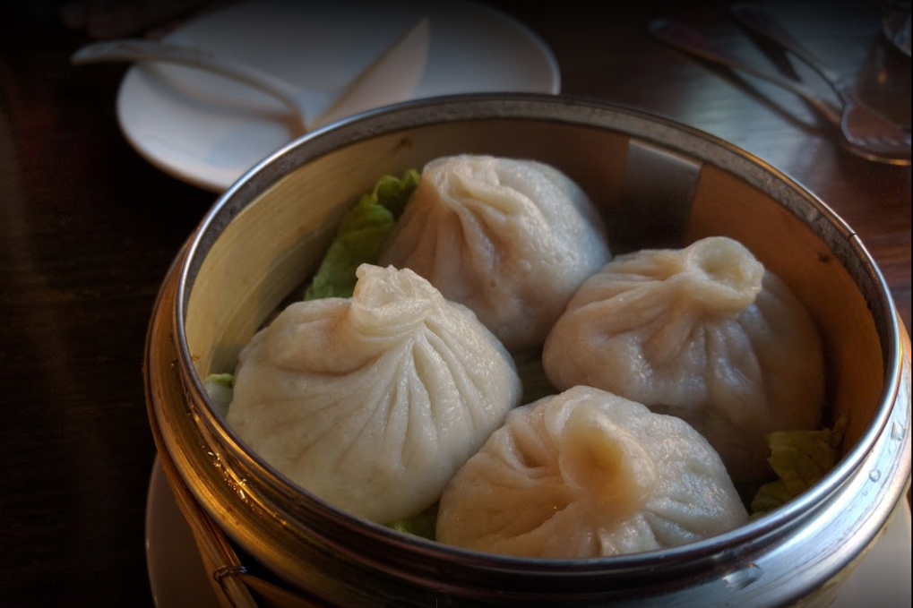 Steamed soupy buns (soup dumplings)