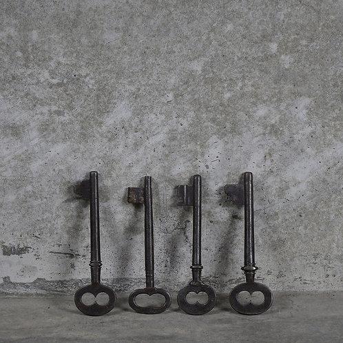 Original Kish Iron Key - Large