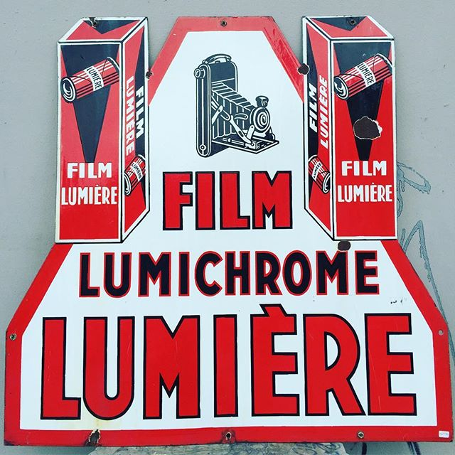Film lumichrome