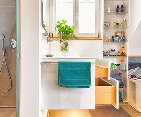 Badezimmer_Schreinerei Holder.jpg