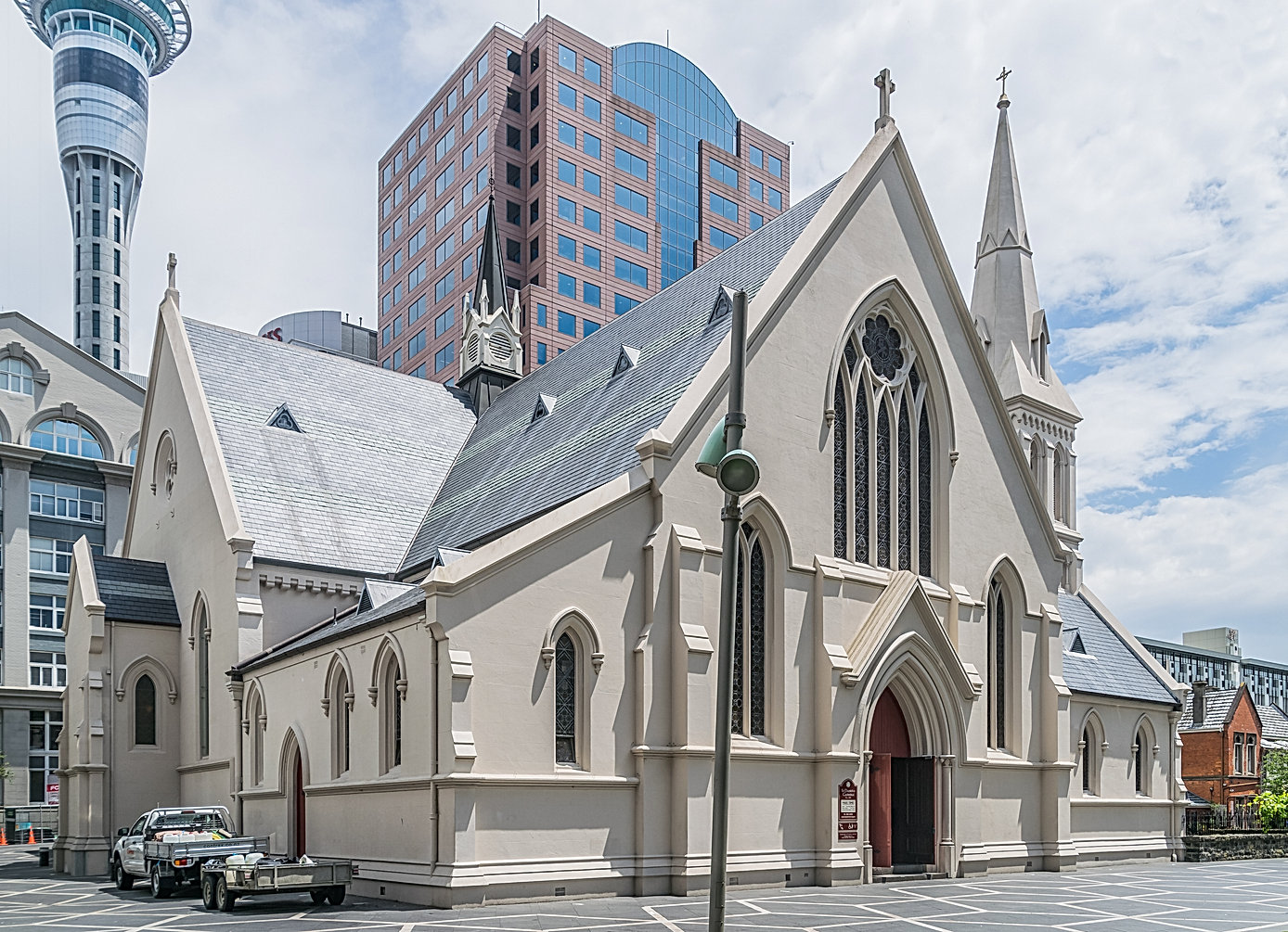 Saint_Patrick_Cathedral_in_Auckland_07.j