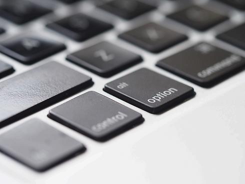 Keyboard%20Closeup_edited.png
