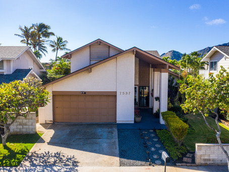 Just Sold: 7537 Puumahoe Place