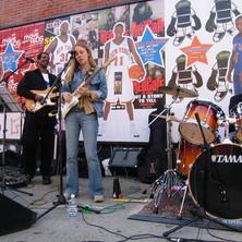 Lisa Swarbrick Bluesquake.jpg