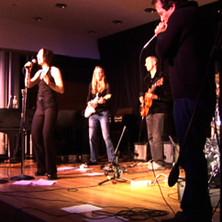 Lisa Swarbrick Bank Street Blues Band.jp