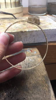 Bracelet jonc or jaune brossé