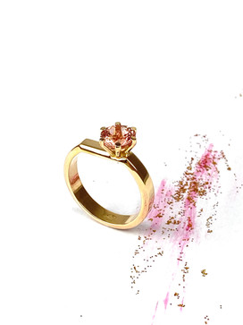 Ring made in pink gold set with a morganite