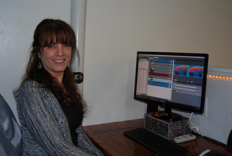 Teresa Crumrine - Video Graphics