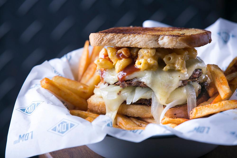 Brisket Burger, do Low BBQ, em Pinheiros