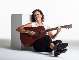 Teatro Porto Seguro promove live de aniversário com muitas atrações neste sábado, 16