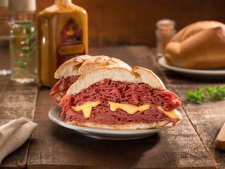 Mercadão ganha versão inédita do sanduíche de mortadela no aniversário de São Paulo