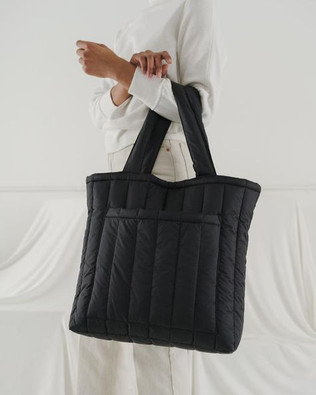 Puffy & Oversized Totes