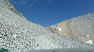drive to 3000 metres 2.jpg