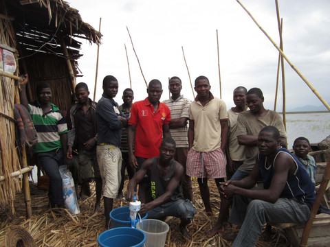 Helping in the fight against cholera in the floating communities of Lake Chilwa