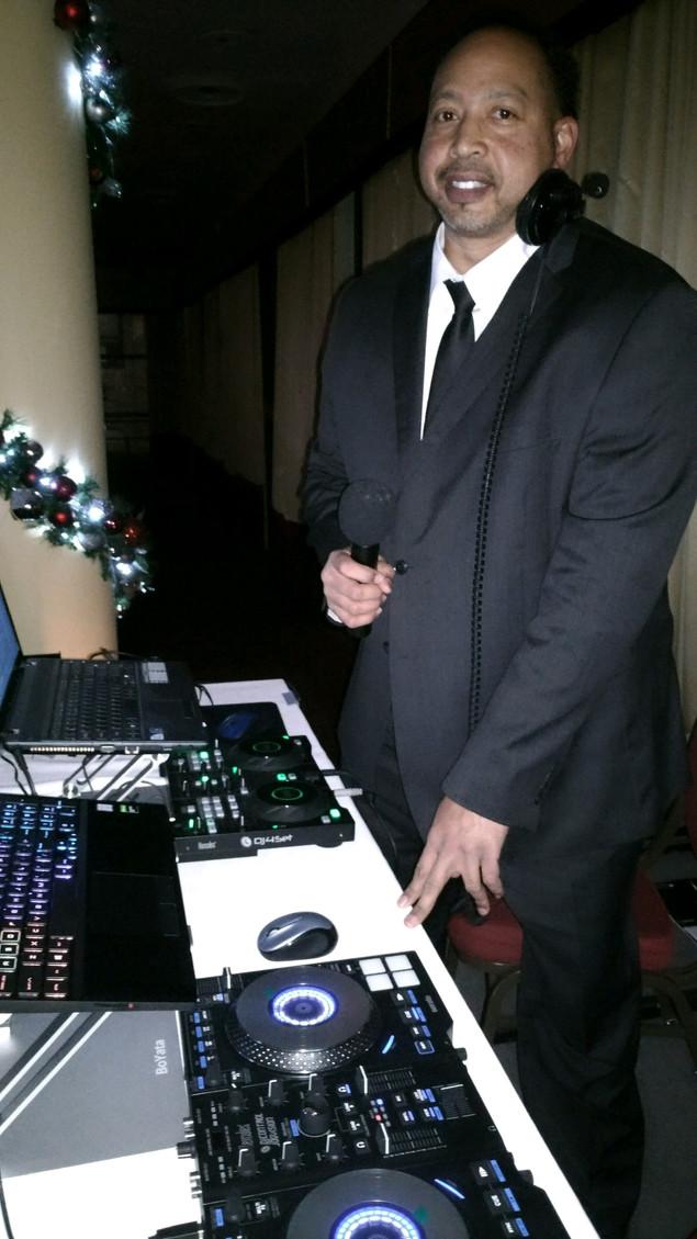 DJ Chris Preston