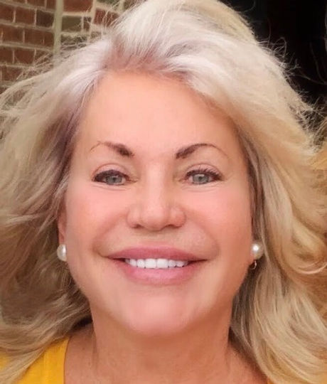 Image of Bestselling Author Mary Ellen Lukas