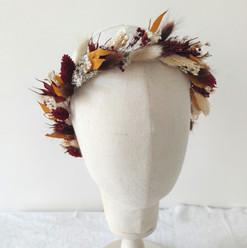 couronne fleurs séchées bordeaux