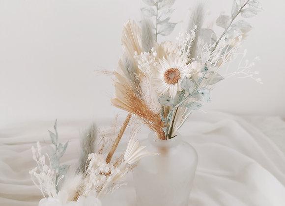 Lot soliflores avec bouquet de fleurs séchées - bleu
