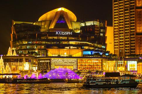 バンコク新ランドマーク夜景