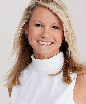 Deanne Bennett profile pic.jpg