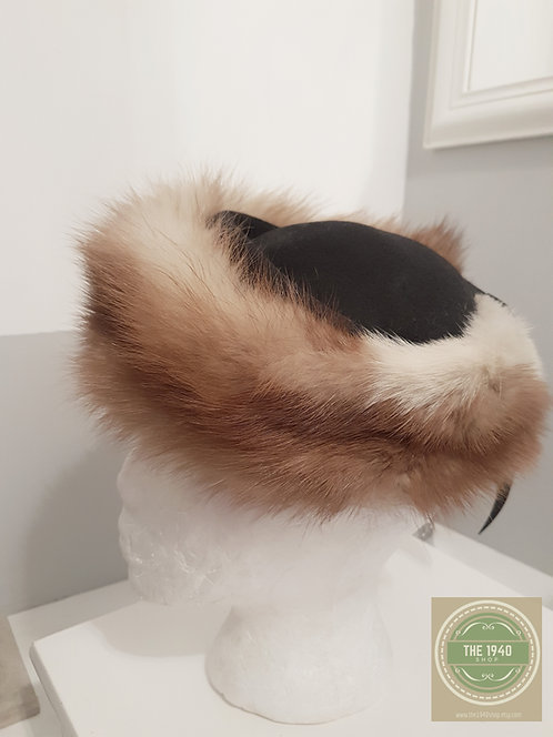 Black wool hat with fur trim