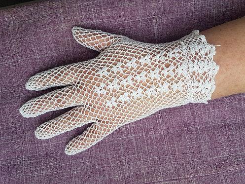 Ladies Vintage White Crochet Gloves