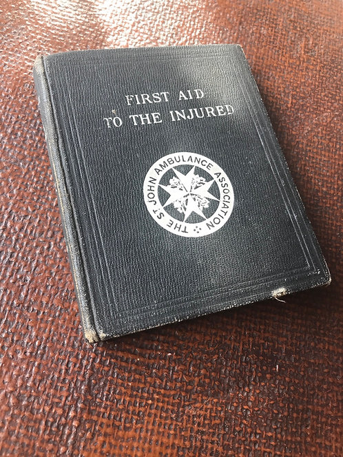 Wartime book, St John's Ambulance First Aid   (B003)