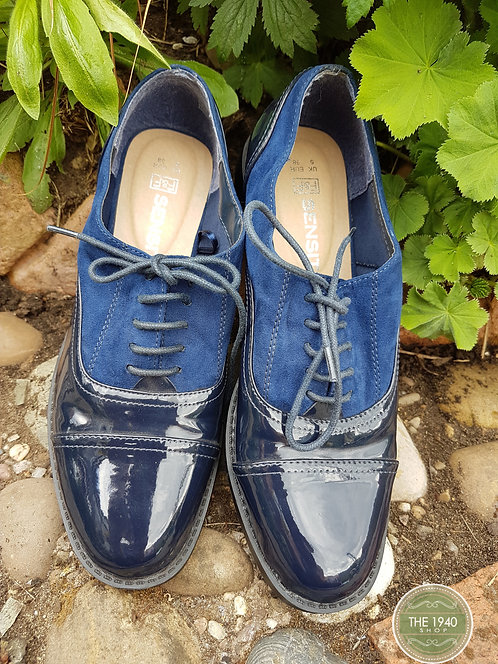 Ladies Brogue Shoes, 1940's Style, WW2, Home Front, Costume, WW2, Home Fires