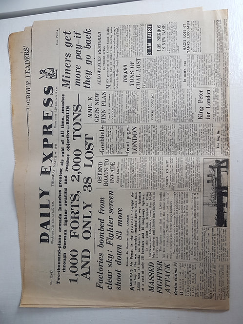 Vintage 1940's Newspaper, Daily Express March 1944