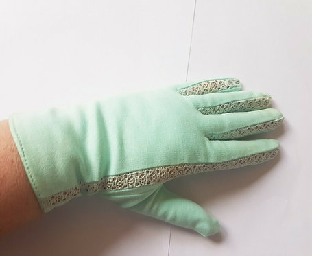 Ladies Vintage gloves, Mint Green, NEW, 1950's, 1940's Retro, Home Front, (R)
