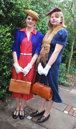 1940's ladies dresses (2)