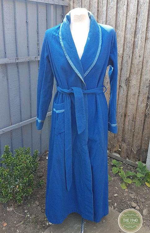 Vintage Ladies Dressing Gown