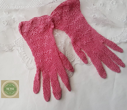 Bubblegum Pink Crochet Gloves
