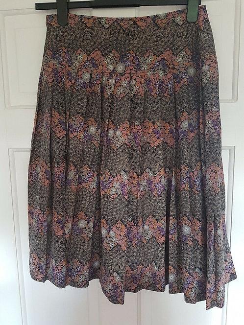 Ladies Vintage Skirt, Floral Stripes, 1940's, 1950's, Retro (K)