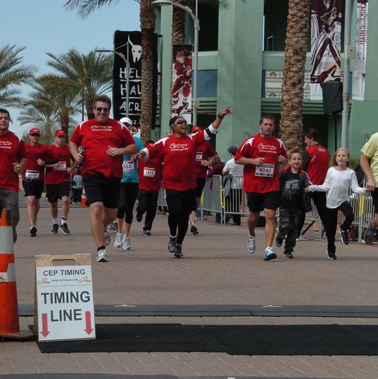 Marathon team running.jpg