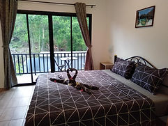 ensuite room at Taling Ngam