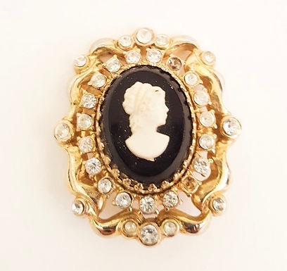 1950's cameo brooch