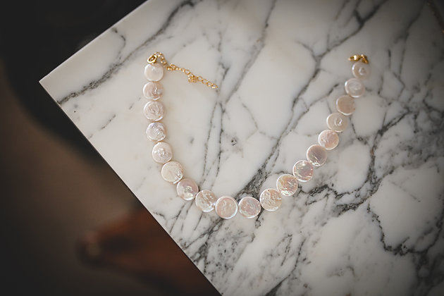 THIN ROUNDED PEARLS NECKLACE