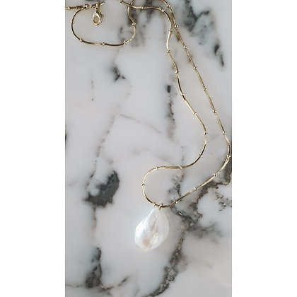 GOLD PLATED NECKLACE WITH INTENSE PEARL