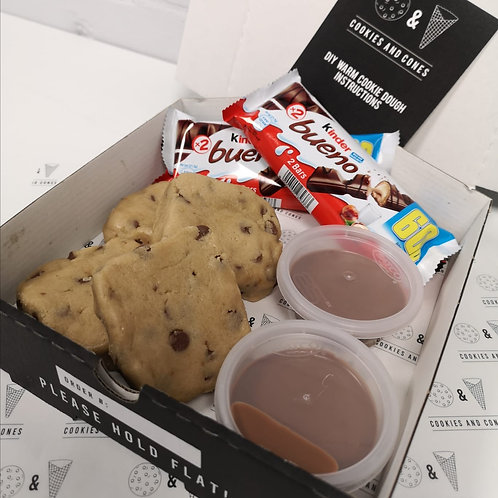 Kinder Bueno Warm Cookie Dough Kit