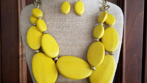 Chunky Yellow Necklace Set