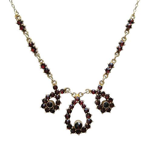 Bohemian Garnet & Silver Necklace - Granat Turnov