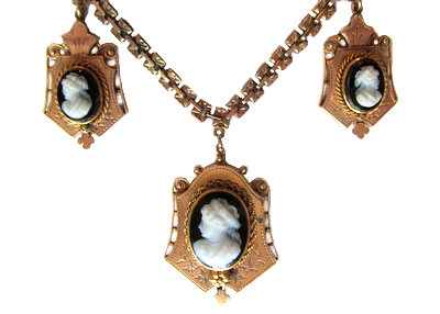 Victorian Gold Cameo Necklace