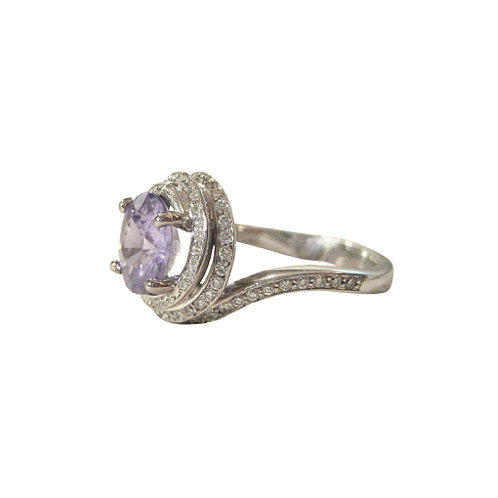 2.03 CT Purple Sapphire & Diamond 18K Gold Ring