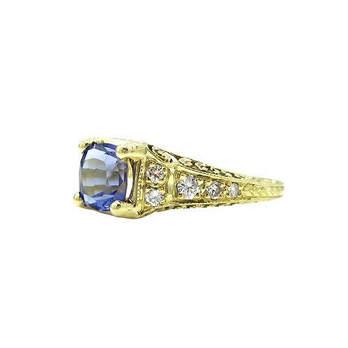 Tanzanite & Diamond 18K Engraved Filigree Ring