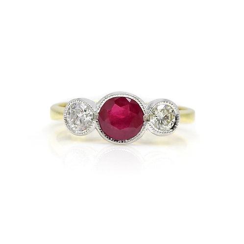 Jonathan Lynne Ruby & Diamond Three Stone 18 Karat Gold Ring