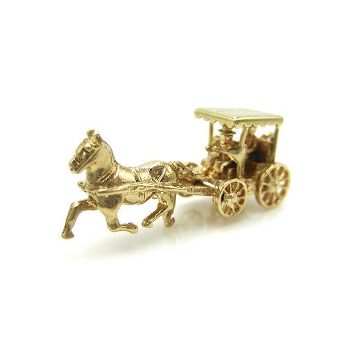 Vintage 9K Gold Bermuda Horse Drawn Carriage Charm